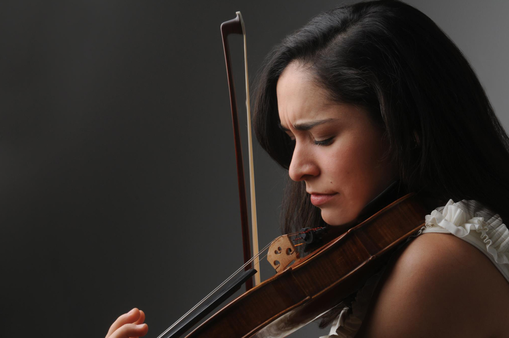 Lucia Rodriguez, Montreal-based violinist
